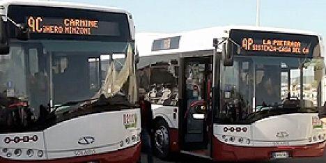 Bus transport de l'aéroport d' Alghero au centre de la ville