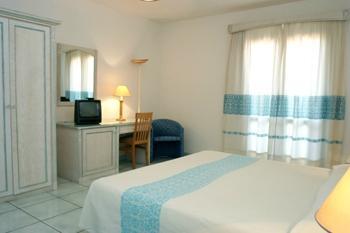 hotel-delfino-arzachena