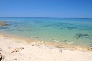castelsardo-spiaggia-di-lu-bagnu-sardegna