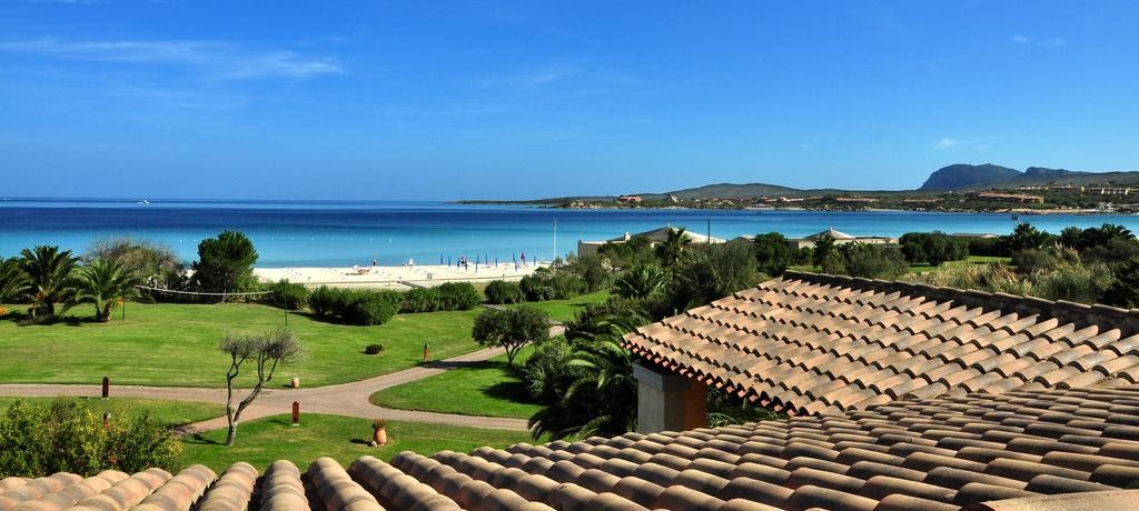 Best Sardinia Beach Resorts - Abi D'Oru