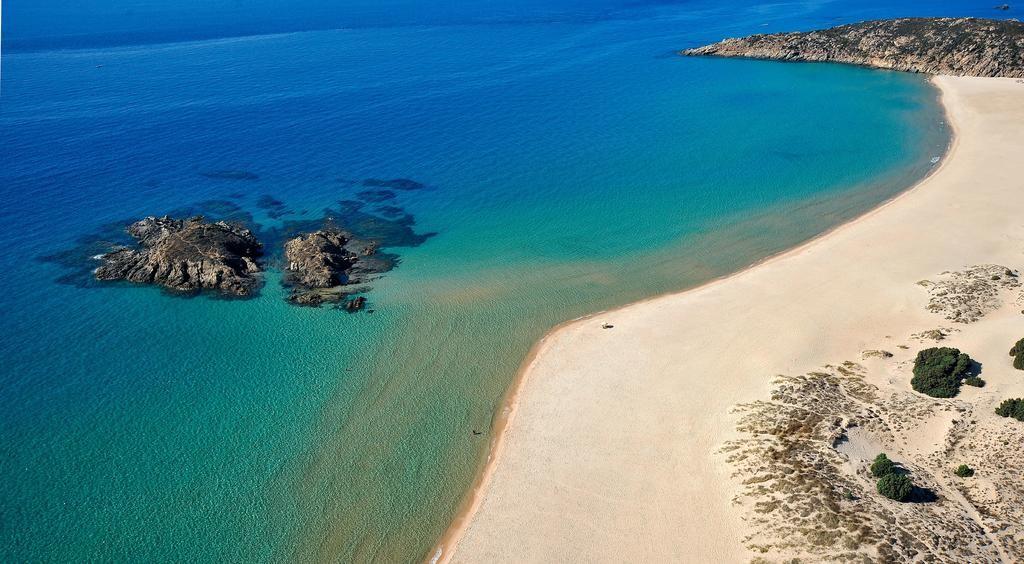 Resort sul mare in Sardegna - Chia Laguna Village