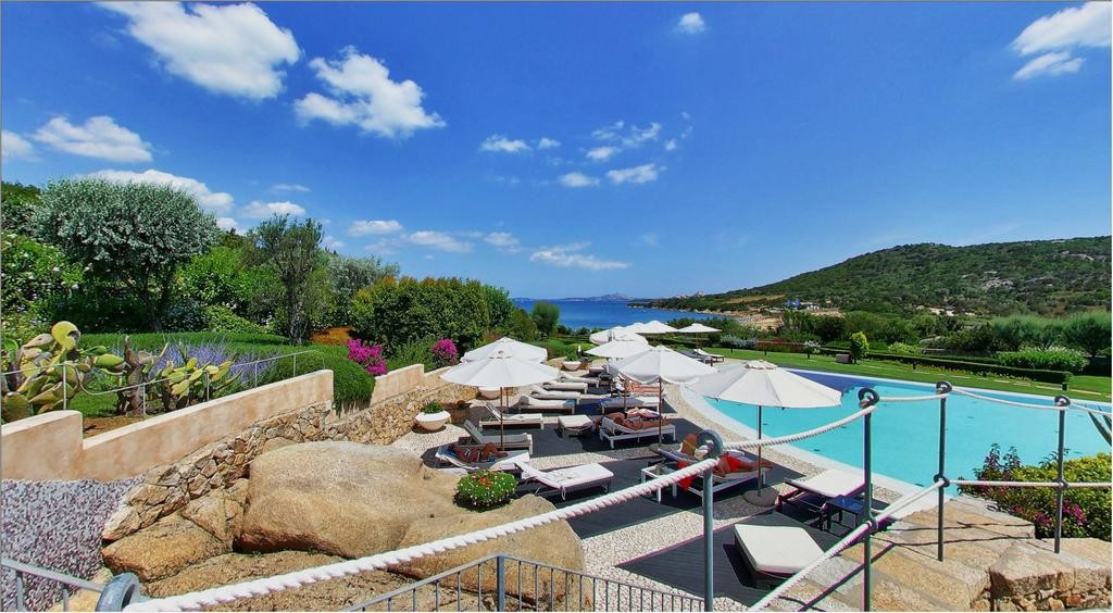 Best Sardinia Beach Resorts - L'Ea Bianca Luxury Resort