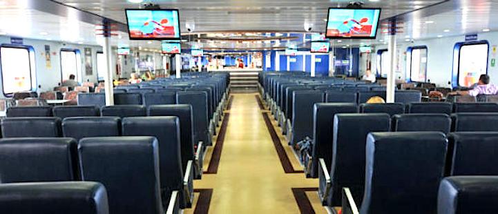 Ferry a Córcega desde Cerdeña